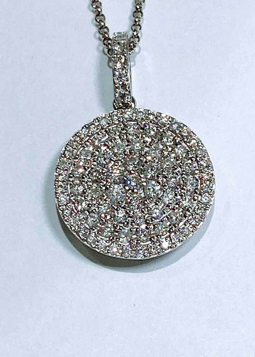 Diamond White Gold Pendant_01