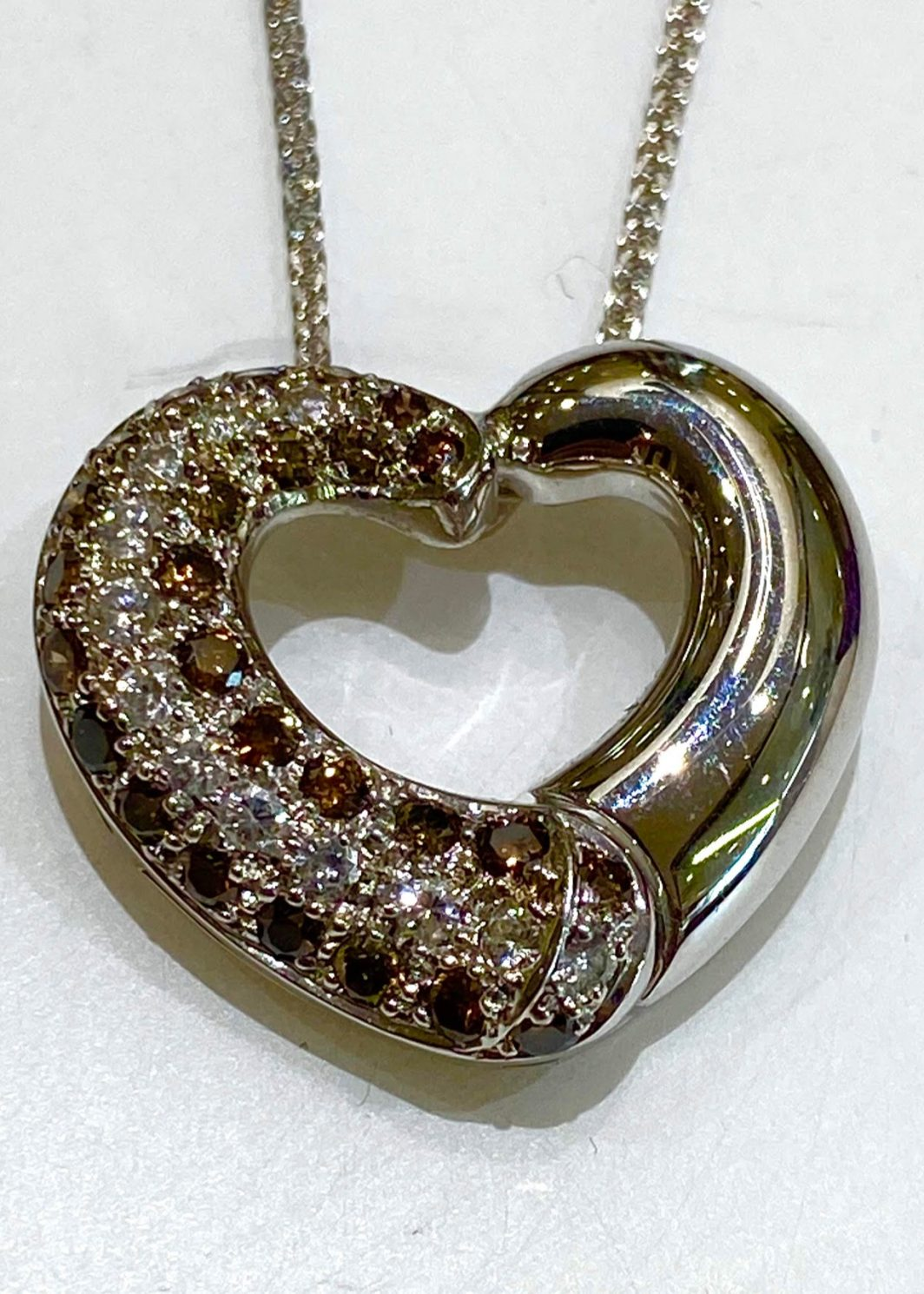 Open Pendant Heart with Diamonds