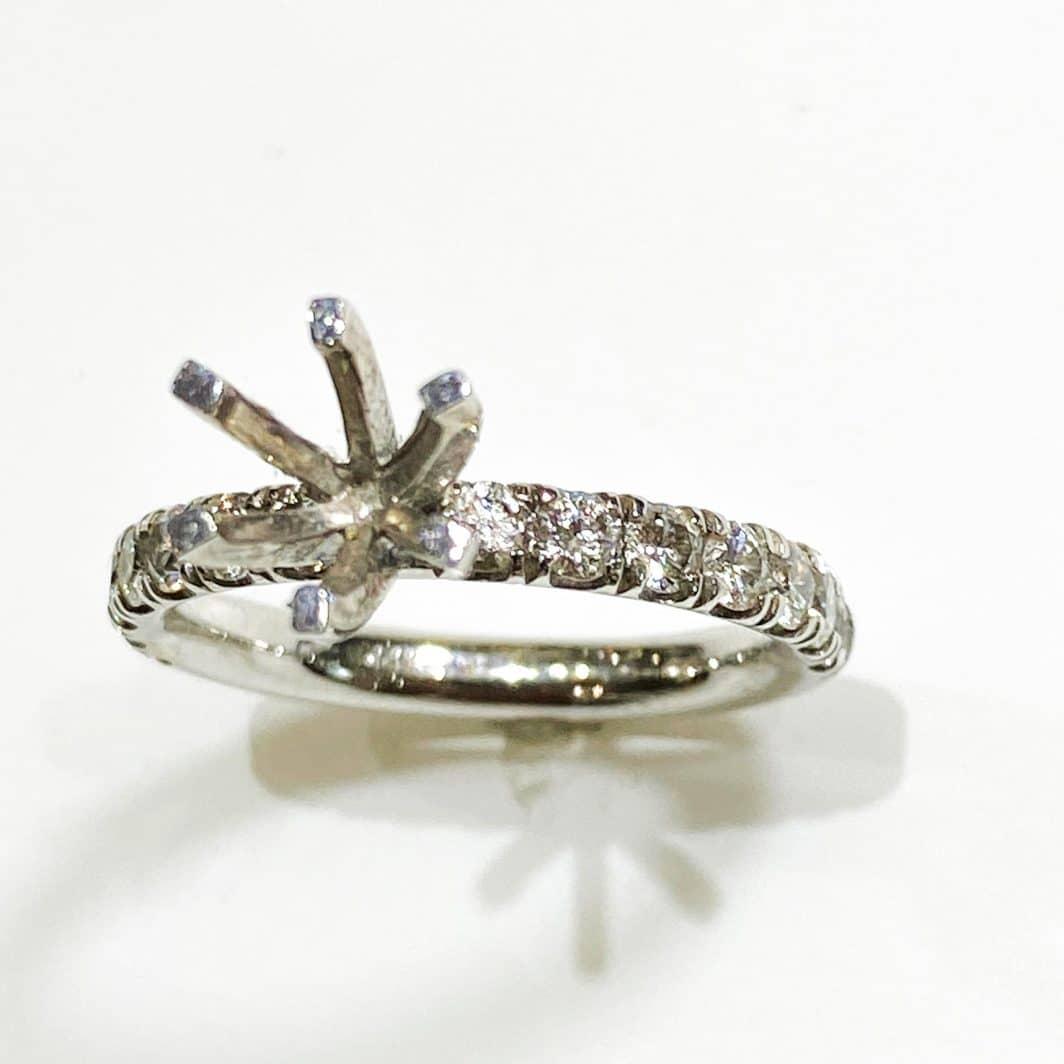 White Gold Diamond Engagement Ring Mounting