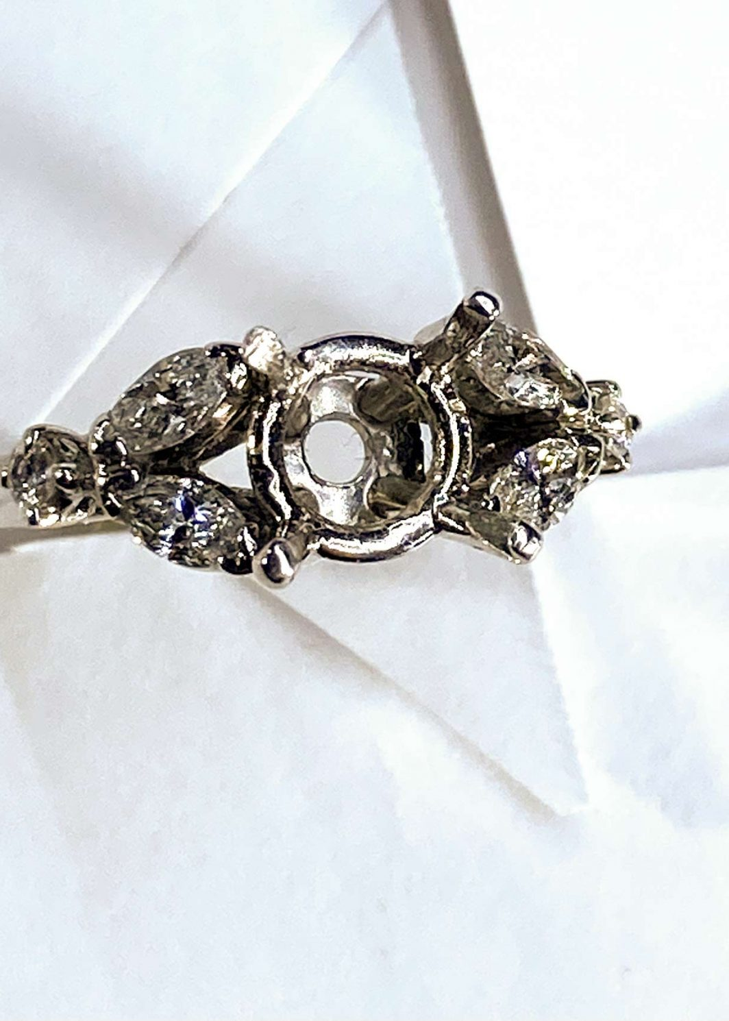 Engagement Ring Platinum (101-92)